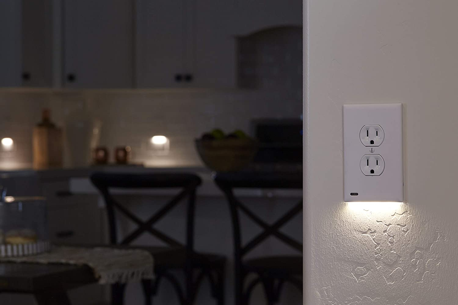 (50% OFF)Outlet Wall Plate With LED Night Lights