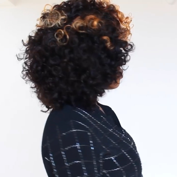 (Discount for the first 1 items)2020 Wig Lace Front Dominican Curly