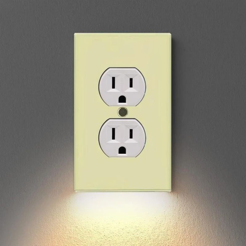 (New Year Promotion- SAVE 50% OFF) Outlet Wall Plate With Led -Buy 5 Free Shipping