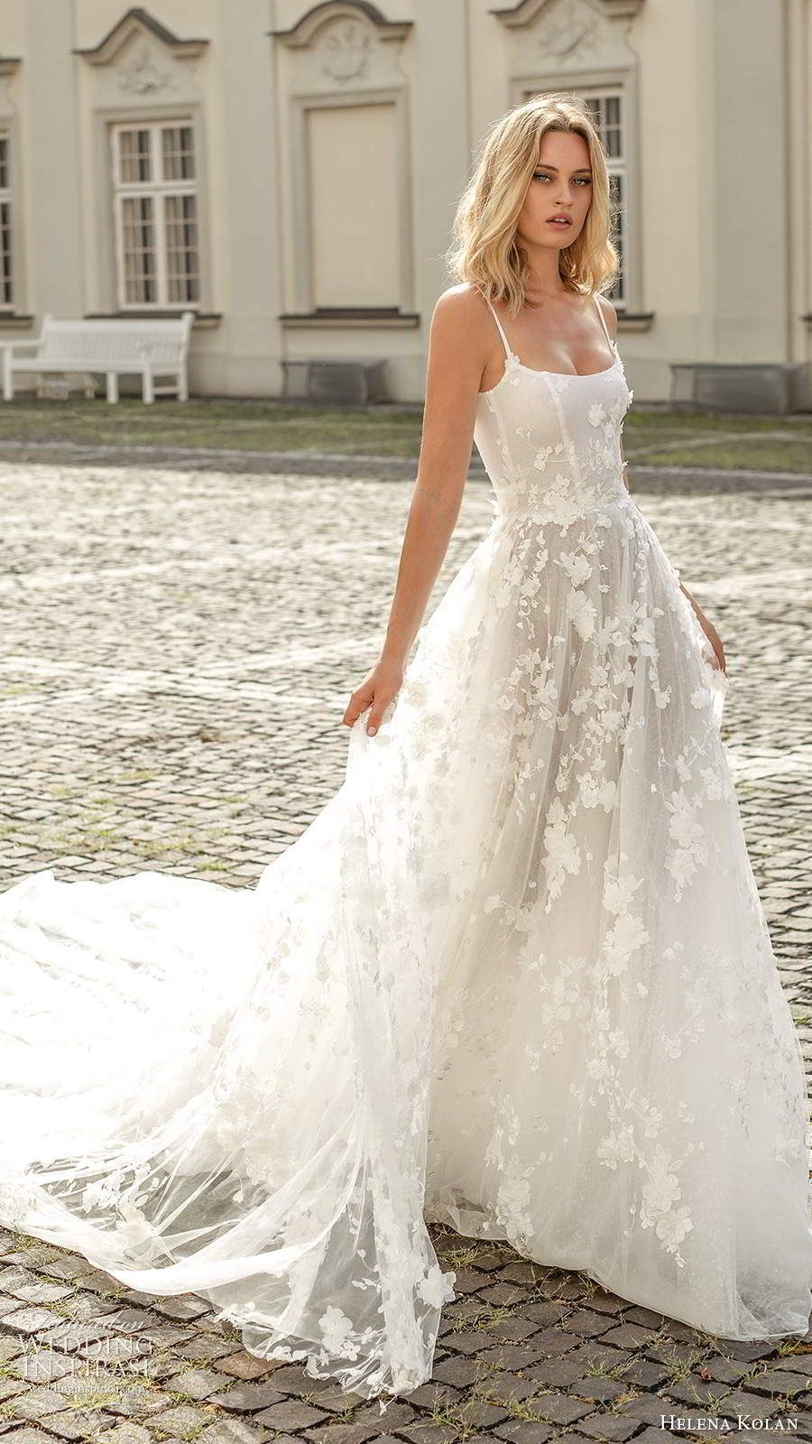 2020 New Fashion Dress Wedding Dresses Wedding Gowns Elegant African Dresses For Weddings Bridal Train Peplum Evening Gown