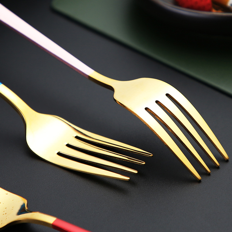 Luxury three-piece set of tableware
