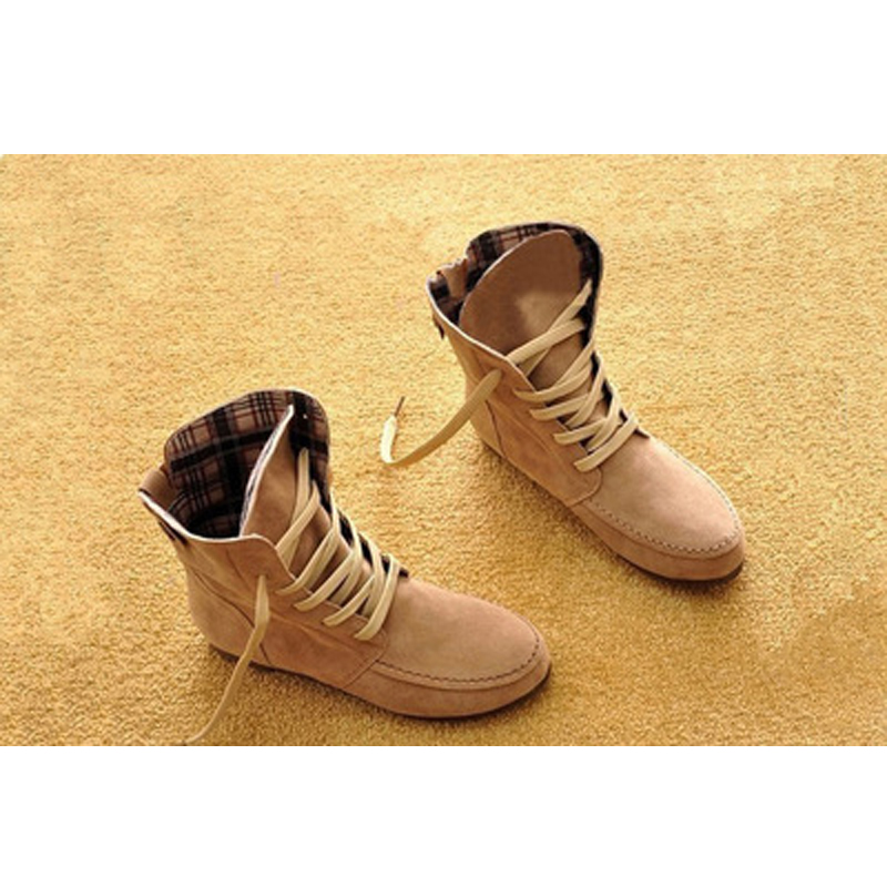 Ladies plaid lining lace-up boots