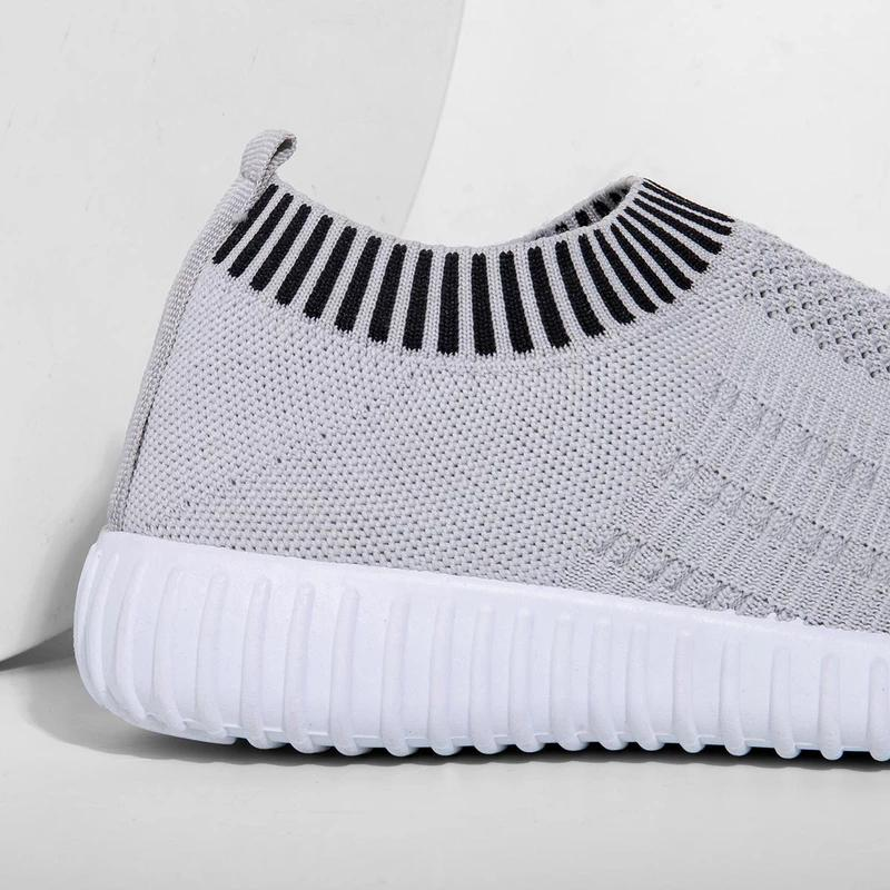 Women's Plus Size Breathable Mesh Sports Soft Athletic Sneakers