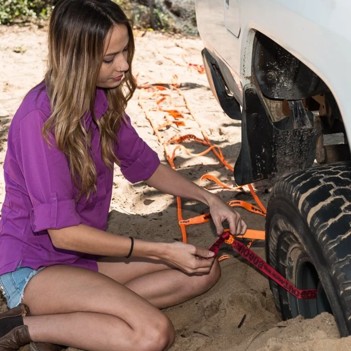 【50% Off And Free Shipping】 Turns Your Wheel Into A Winch, Gets You Unstuck From Anything - Pre-Sale