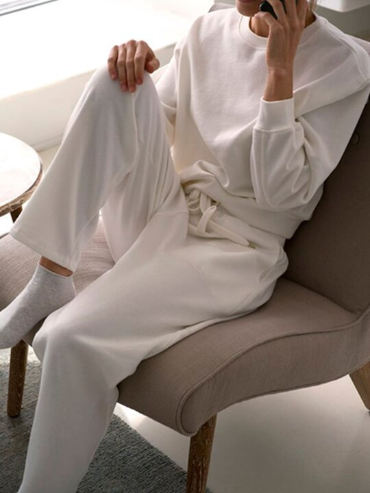 Simple Casual Loose Round Neck Long Sleeve Top Pants Suit
