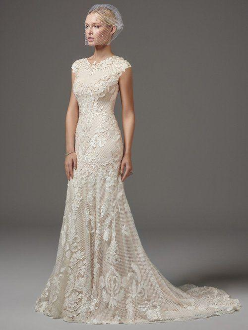 Fashion And Beautiful Lace Back Wedding Dress For Girl