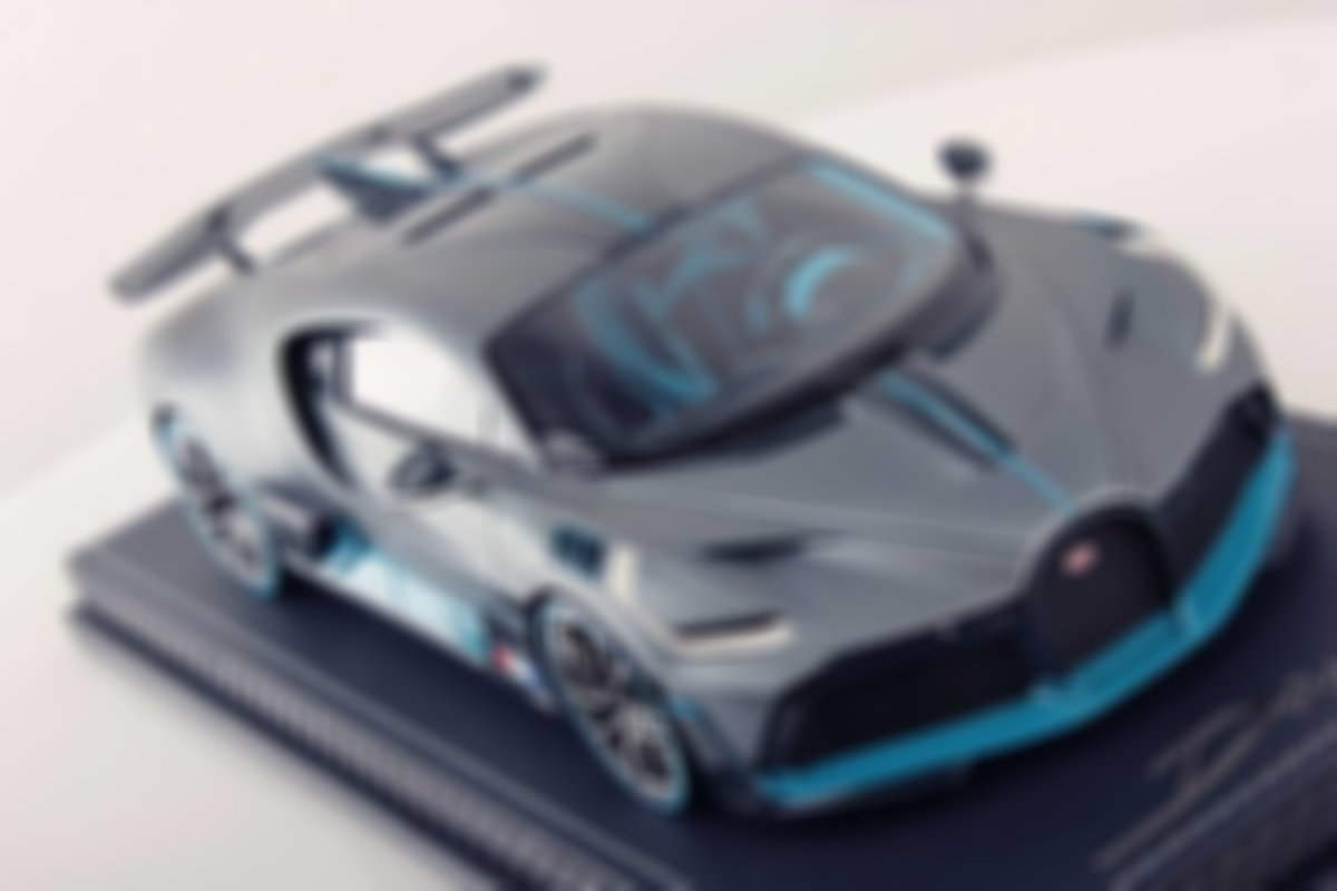 #Anniversary Sale! 1/18 DIVO™ Official Diecast Model