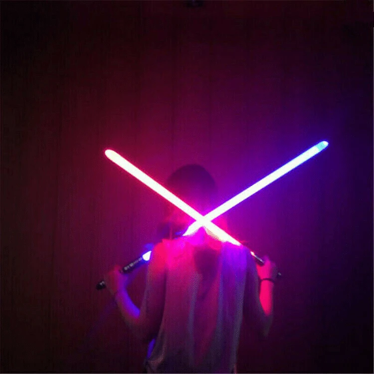 2-IN-1 LED SOUND DOUBLE BLADED DUAL SABERS