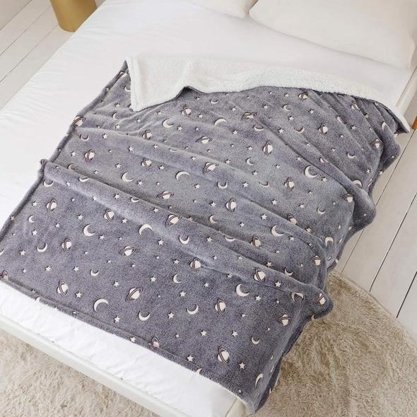 【Buy 2 Free Shipping】Magic Glow-in-the-dark Blanket
