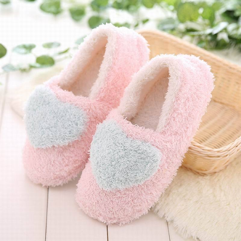Lovely heart slippers for women soft plush warm house shoes bedroom slippers