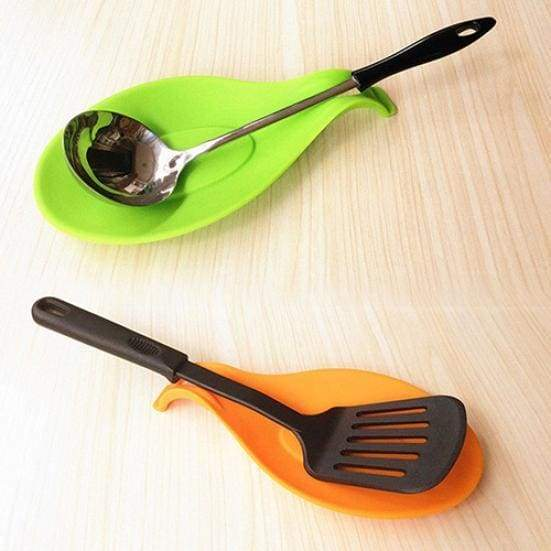 Spoon placemat silicone heat resistant spoon fork spatula holder kitchen tool 1pc flexible utensils rests