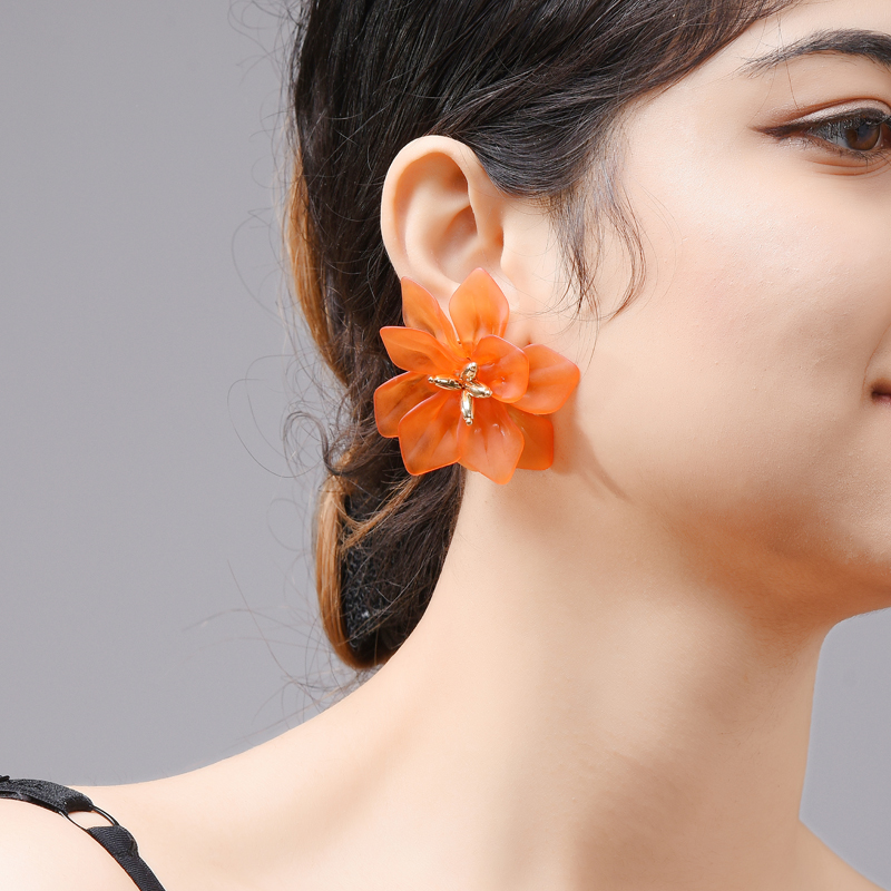 Hyperbole Flower Earrings (# 1 PAIR #)