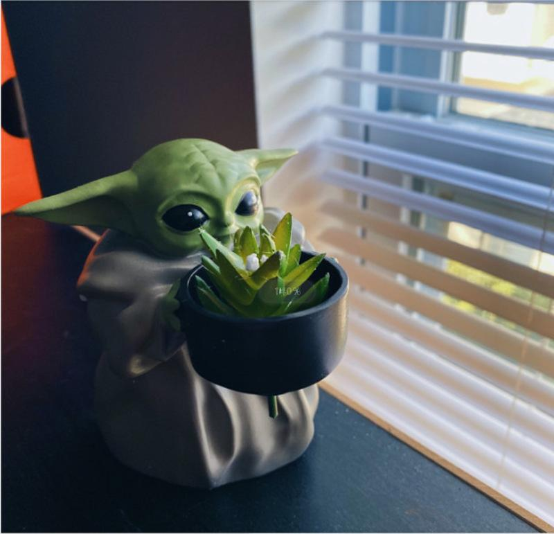 """The Mandalorian's""""Baby Yoda'""""potted plant🎁 The perfect gift for comic fans"""