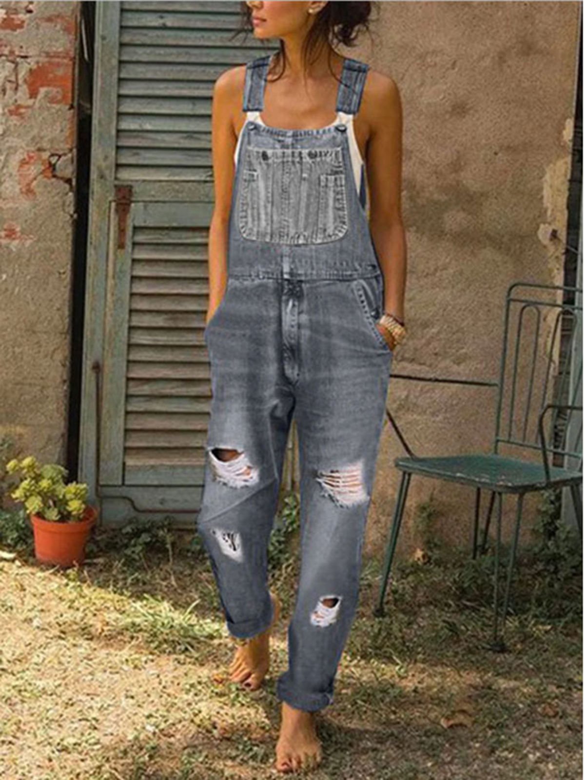 Ripped and slimming overalls for ladies