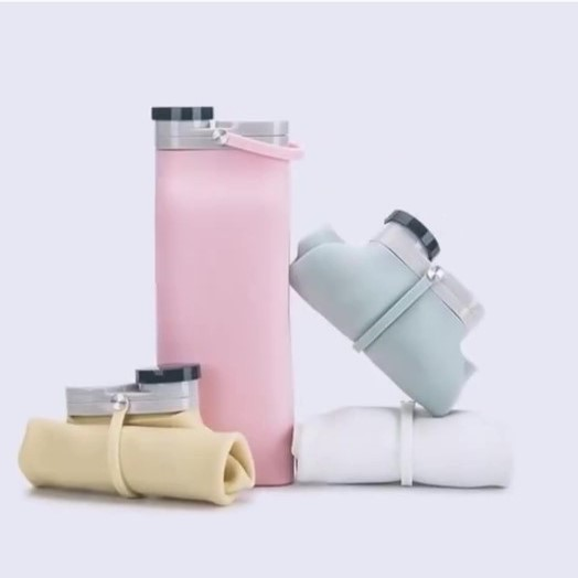 Portable foldable water bottle  (Increase in use  Shrink when stowed)