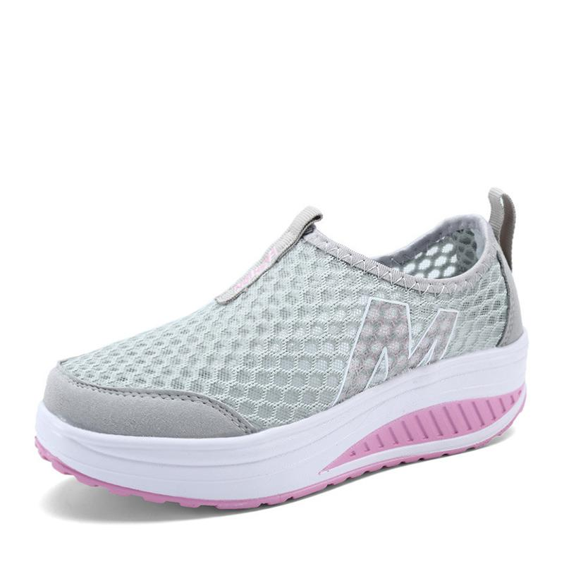 Hollow out Walking shoes