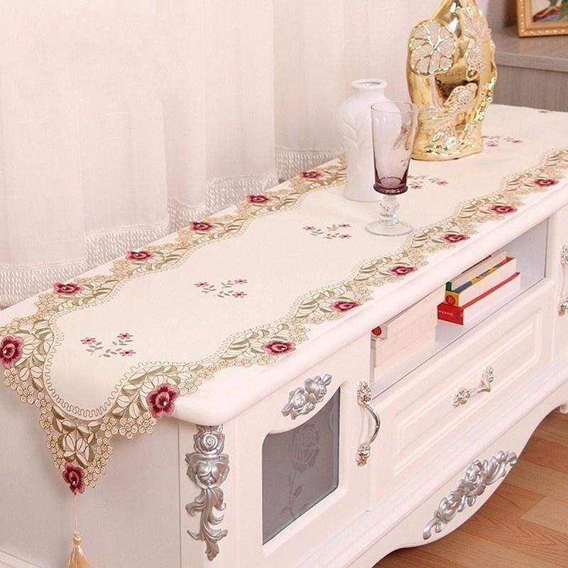 1 Pc Fashion Embroidered Flower Table Runner Tableclothes Wedding Table Decoration Party Supplies Home Kitchen Utensils