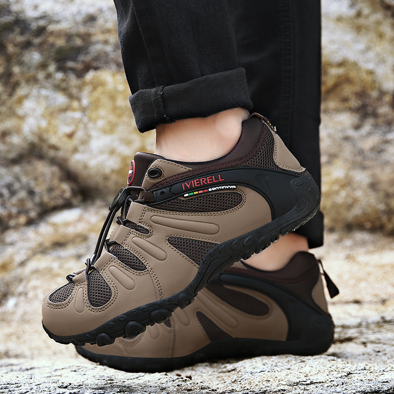 Men's vintage casual shoes made of suede sneakers