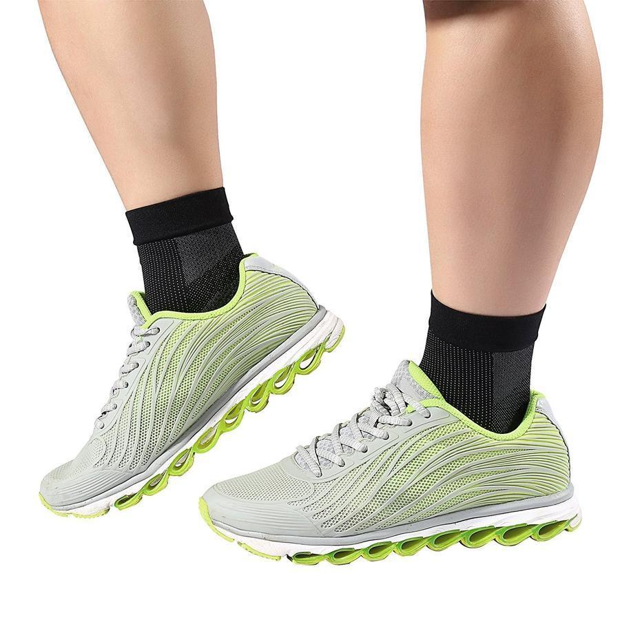 A Pair of Anti-fatigue Compression Foot Socks with Heel Arch Ankle Support
