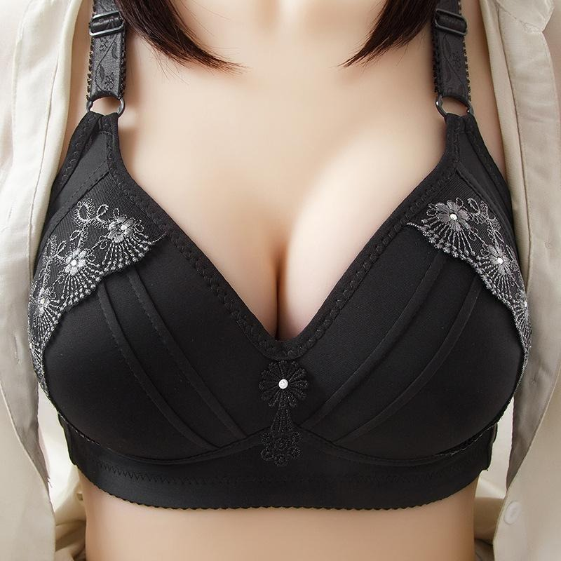 2021 New Real Plus Size Embroidered Non-Wired Bra