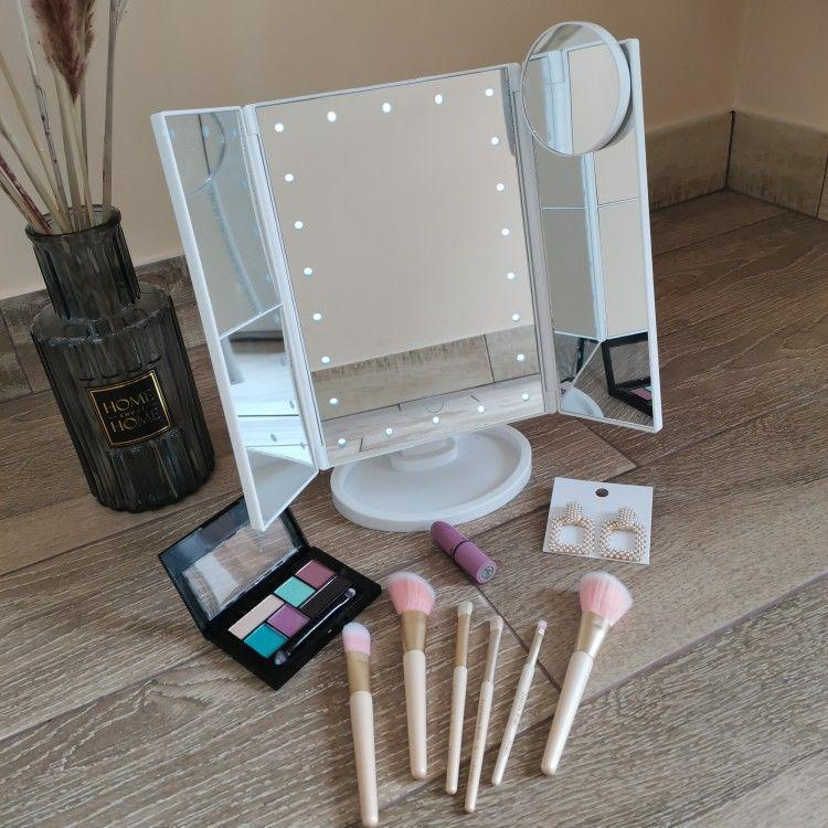 👉COD👈Led Makeup Vanity Mirror Tri Fold 10x Magnifying Mirror with Lights