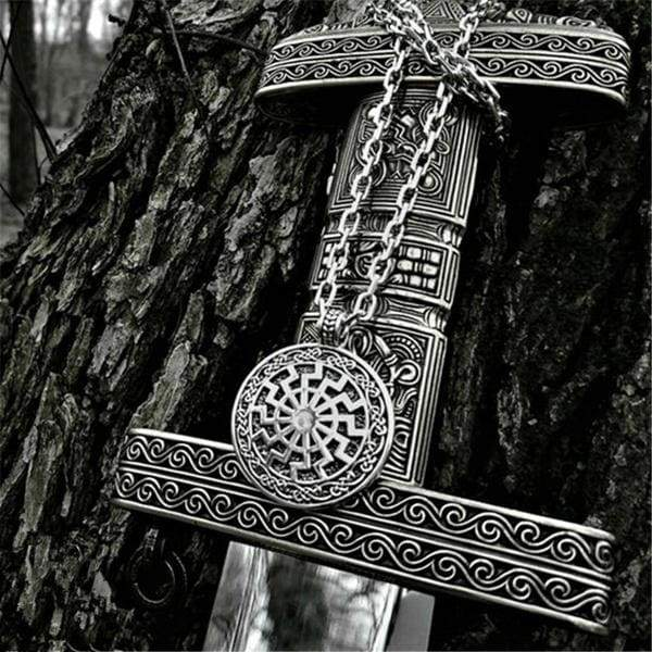 Myth 316L Stainless Steel Viking Black Sun Pendant Necklace Scandinavian Norse Viking Jewelry Steel Chain