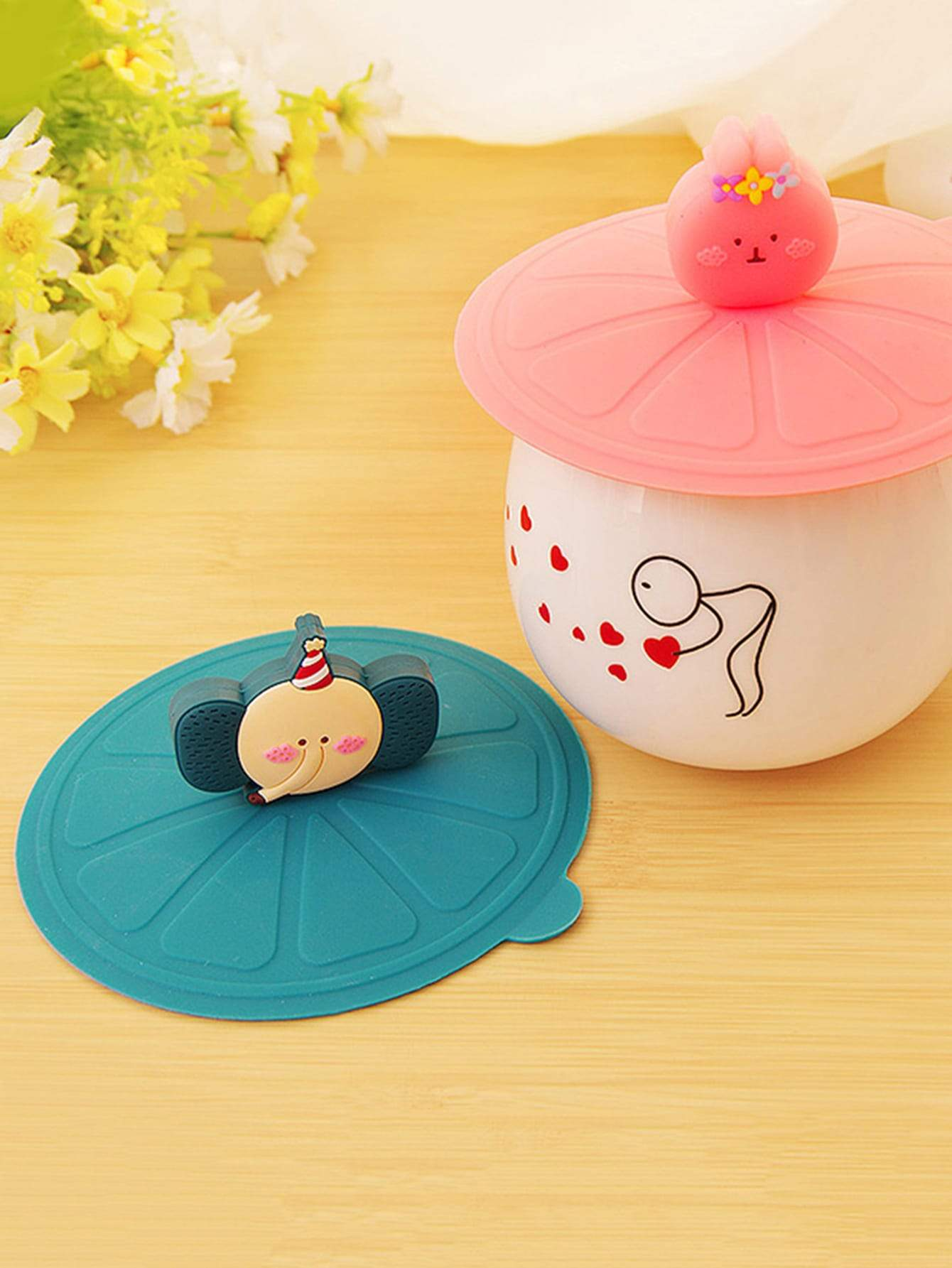 Random Color Catroon Cup Lid 2pcs