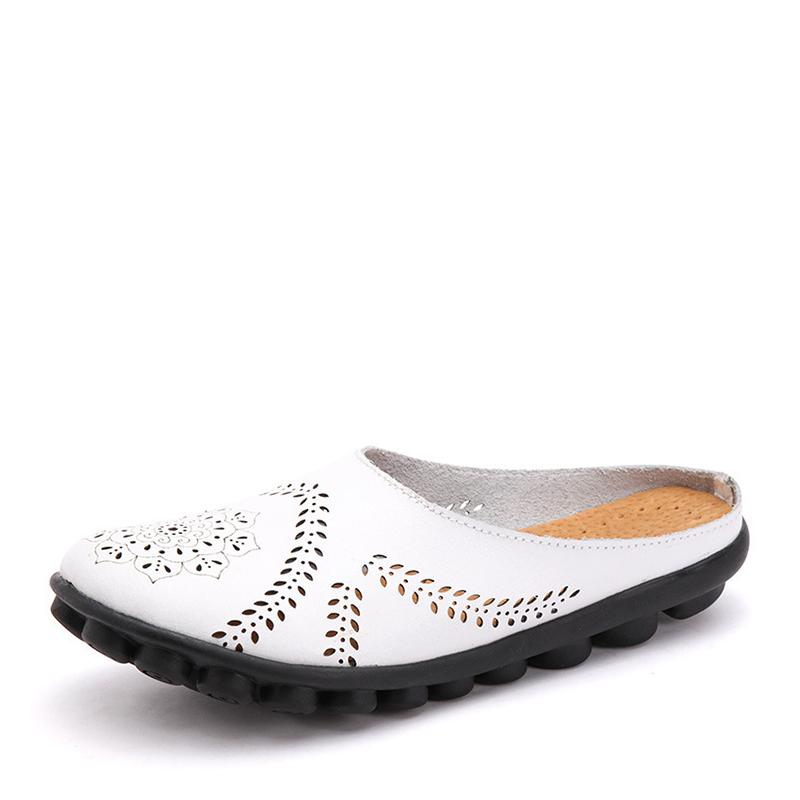 Casual-styled carved slipper