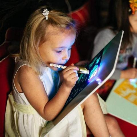 Magic Draw drawing game with fun light for developing kids skills