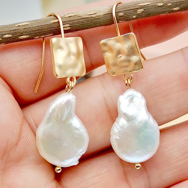 Simple Simulation Special-shaped Pearl High-end Earrings