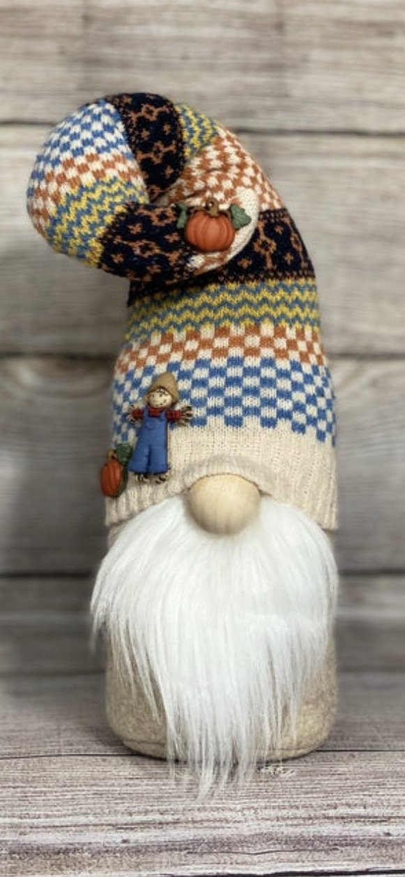 Fall scarecrow gnome