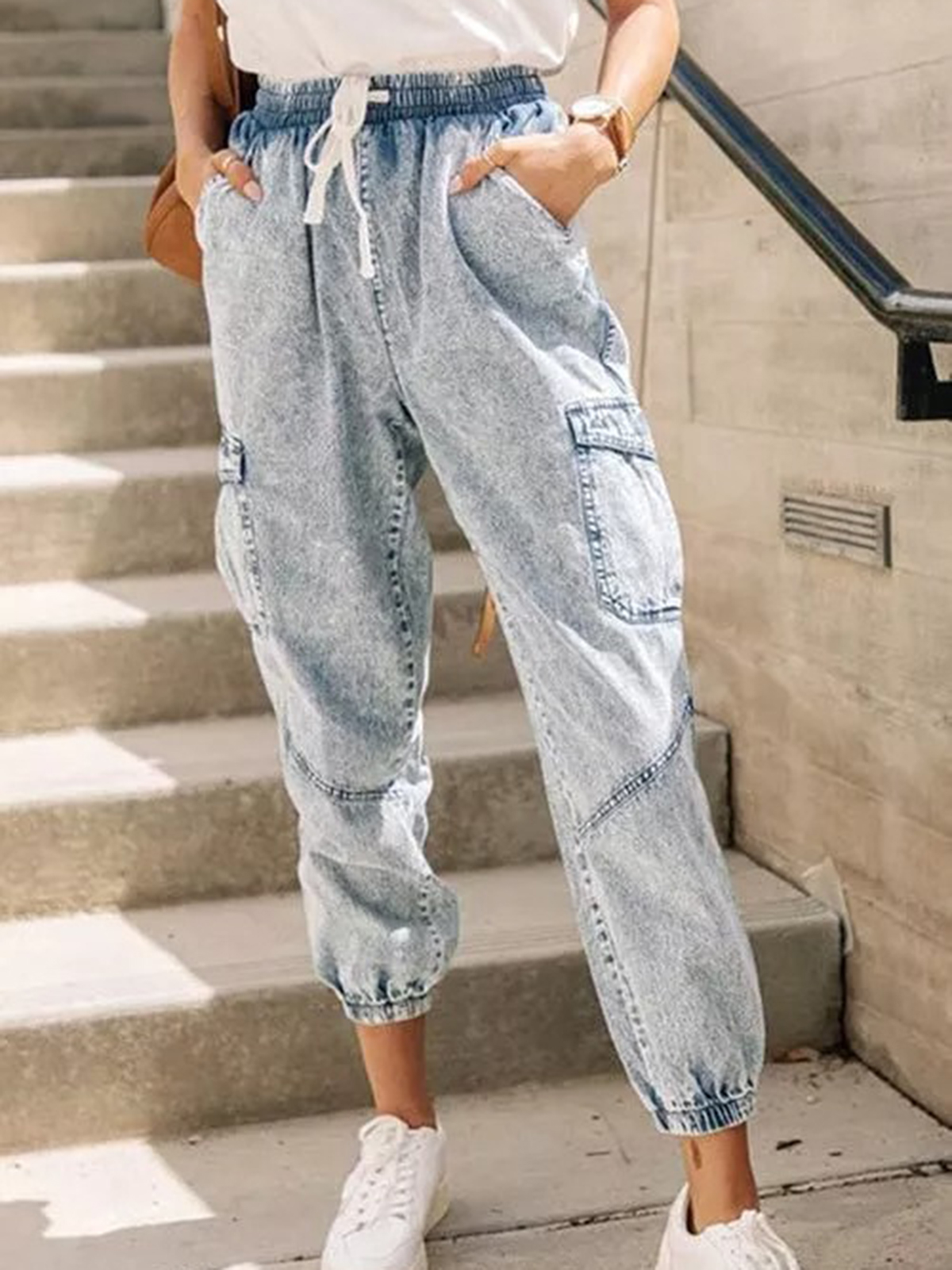 Wash ladies' jeans, lace up jeans and trousers