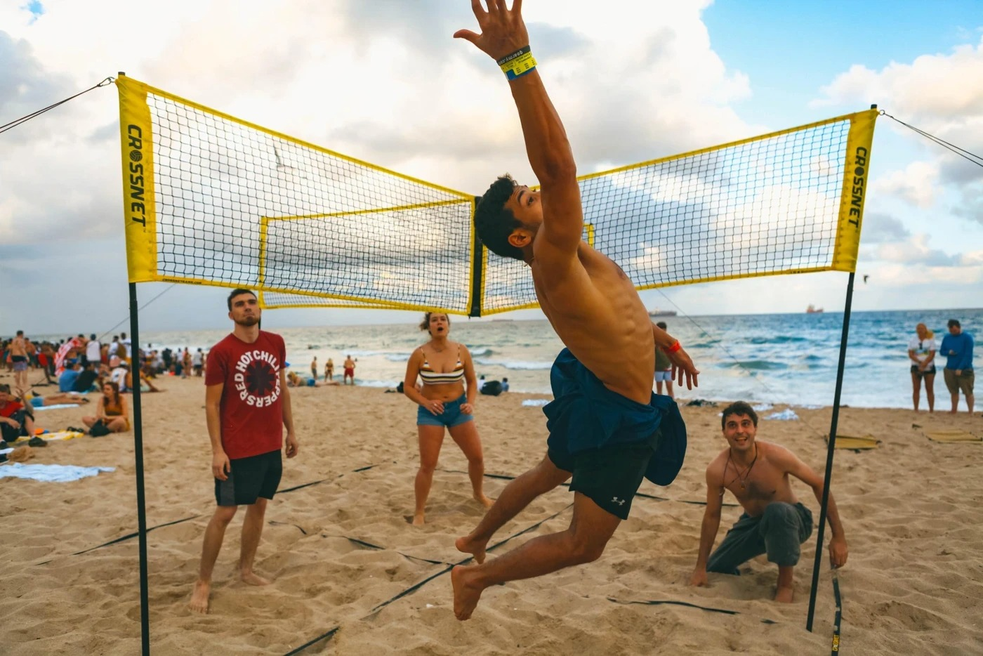 Cross Volleyball Net, Set up within minutes in sand, grass, or indoors