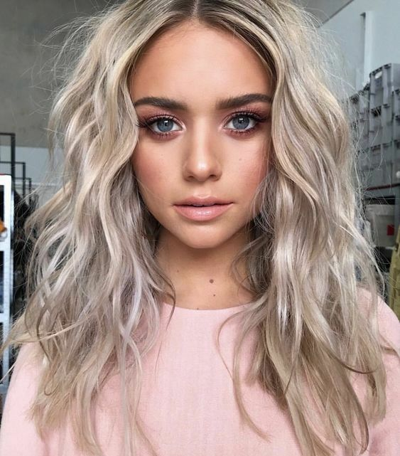 2020 New Gray Hair Wigs For African American Women Wonder Woman Wig Lavender Grey Hair Color Gray Blonde Wig Grey Extensions Real Hair Wigs Near Me