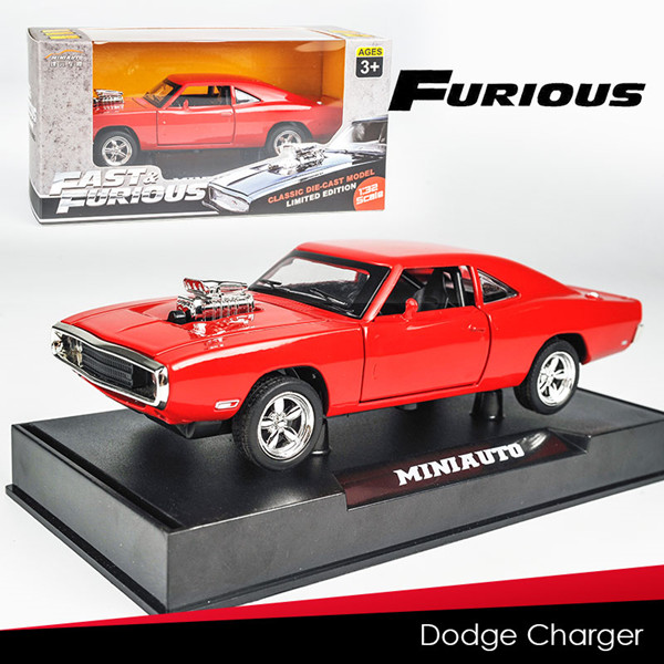 1:32 Scale Diecast Metal Model Pull Back Car Toy