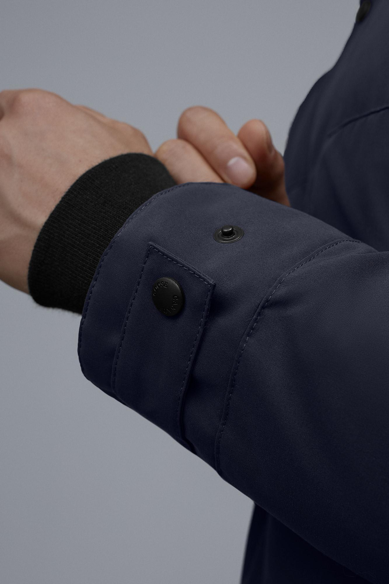 Casual Men's Insulated & Down Jackets
