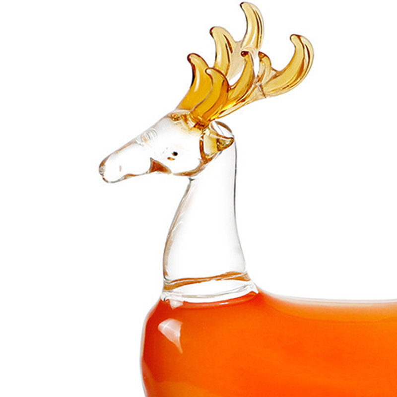 [🦌NEW IN🦌]Creative 3D Sika Deer Shape Whiskey Decanter