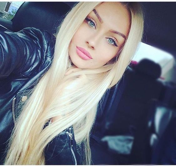 2020 Fashion Blonde Wigs For White Women Blonde Wig With Bangs And Ponytail Revlon Colorsilk Ash Blonde Half Blonde Half Brown Wig Honey Ombre Hair Burgundy And Blonde Highlights Lace Frontal Wigs