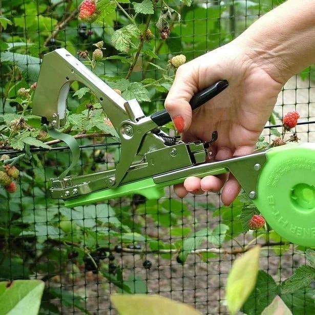 (🌱Free Tapes and Staples🌱)Professional Plant Tying Machine