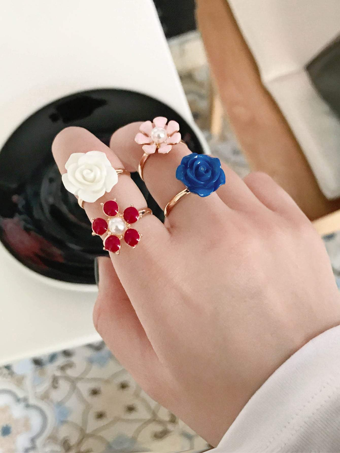 Flower Decor Ring Set 4pcs