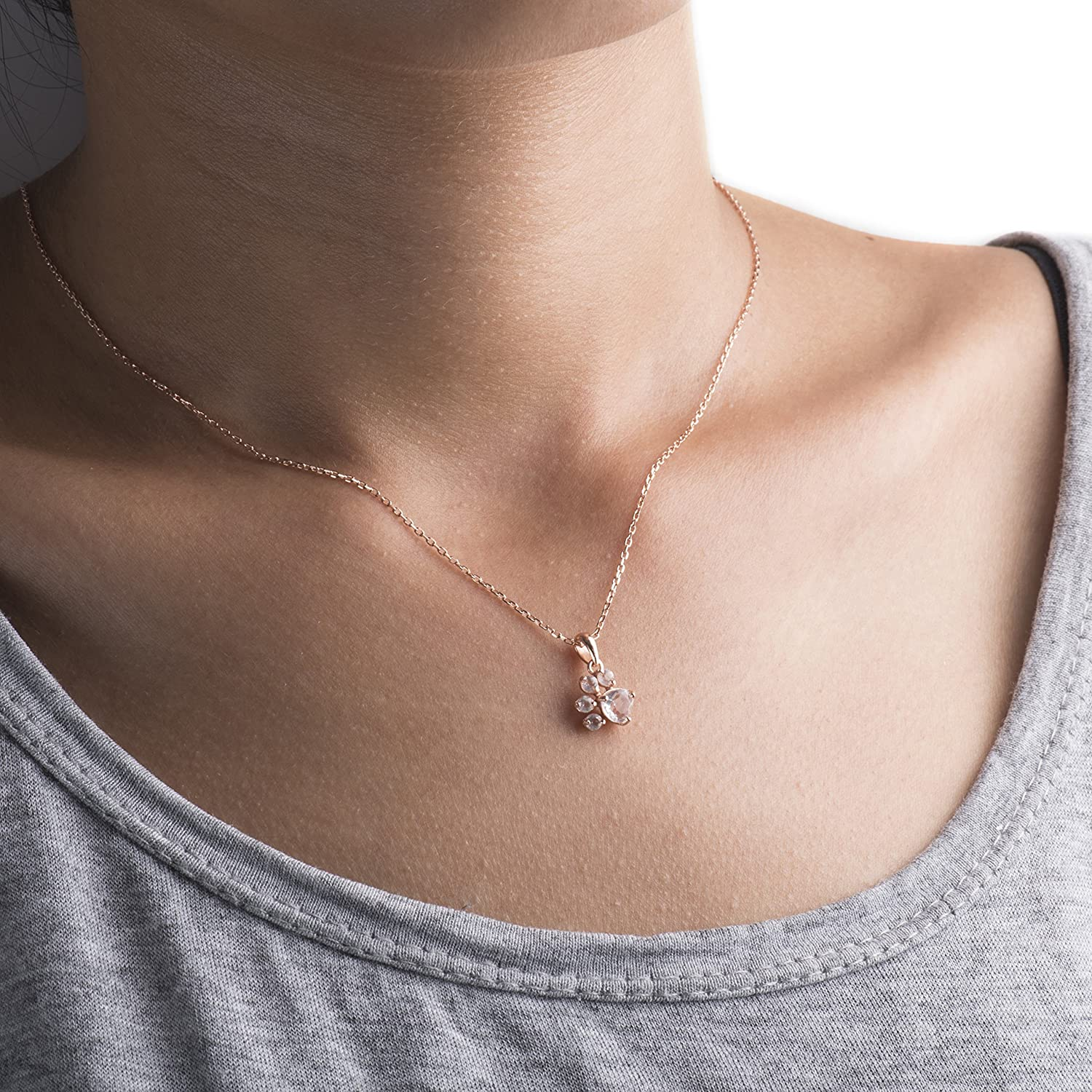 Paw Necklace In 18k Rose Gold