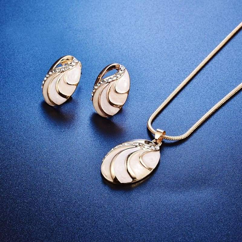 Cassical Oval Shaped White Jewelry for Women Crystal Rhinestone Necklace Pendant Ring and Earring Set Gifts