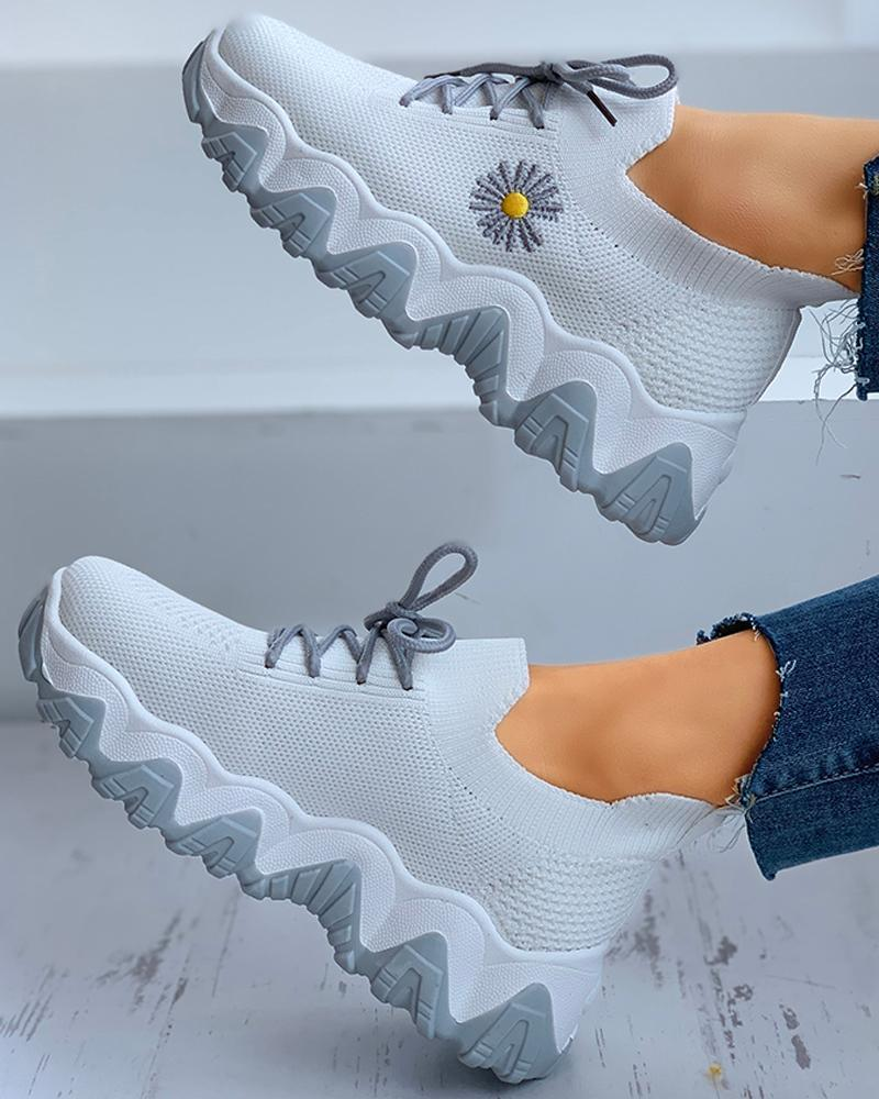 Lemmikshoes Daisy Pattern Lace-up Breathable Sneakers