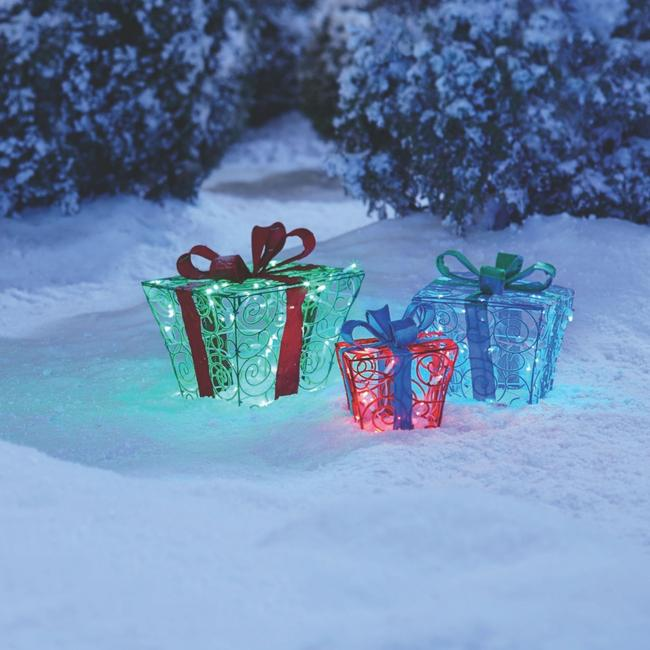 🎁Fuzzy Gift Boxes Pre-Lit LED Christmas Lawn Décor - 3 Pack