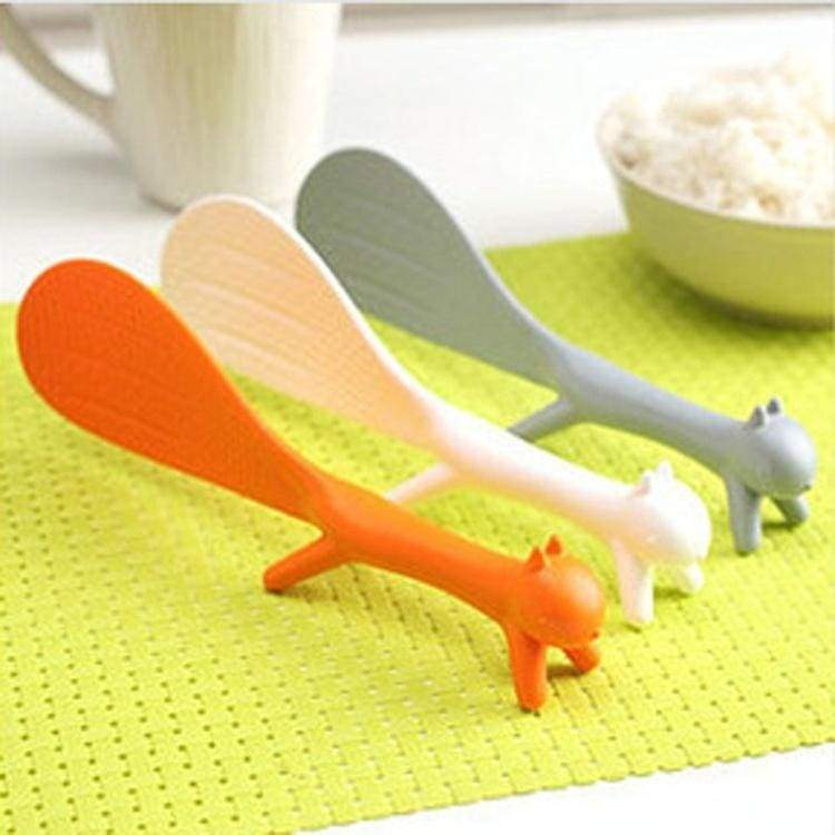 The New Design Korean Cute Creative Squirrel Spoon Lap Sticky Tables Spoon - Color Random HG-1784