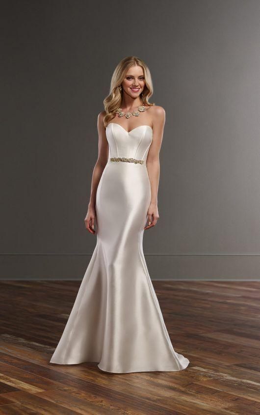 Fashion And Beautiful High Neck Wedding Dress For Girl