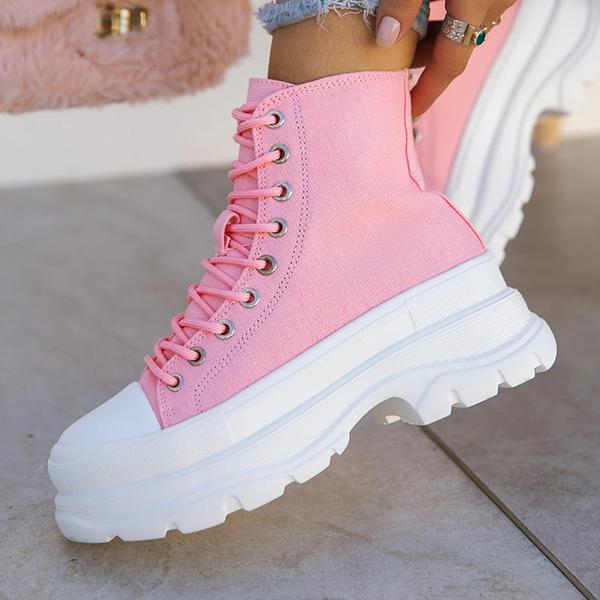 zoeyootd Pull On Styling Front Lace Up Closure Sneakers