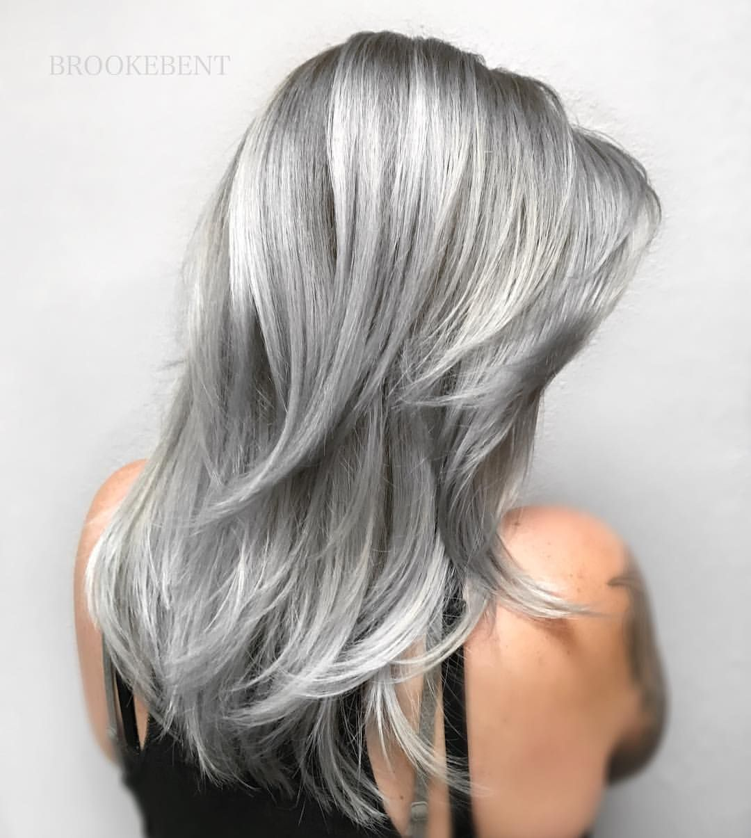 2020 Best Lace Front Wigs Grey Hair On Brown Skin Brown To Silver Hair Gray Hair Short Blue Bob Wig
