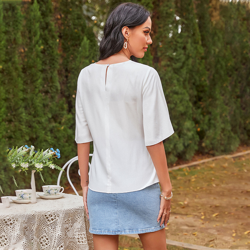 Ladies blouse with casual lace-up chiffon shirt