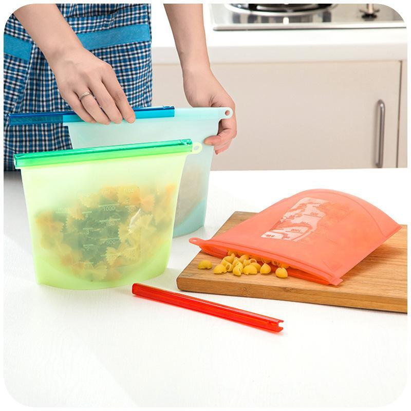 BREEZYLIVE Eco-Friendly Reusable Leakproof Silicone Food Storage Bag with Airtight Zip